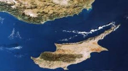 Kıbrıs'ın Gecesi de Gündüzü de Ayrı Güzel