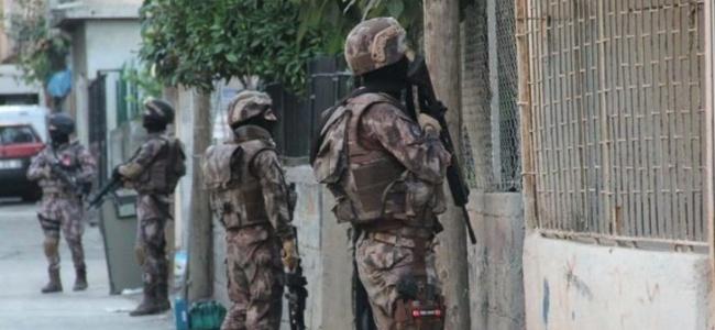 İstanbul'da Canlı Bomba Tespit Edilen Hücre Evinde Yakalandı