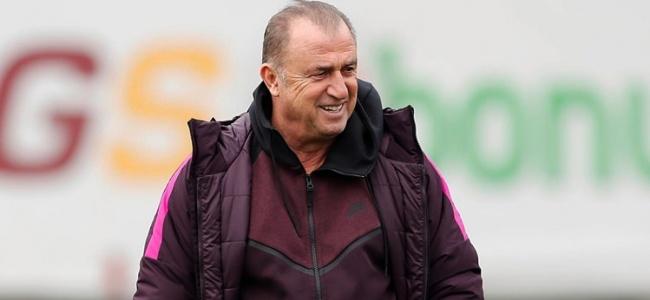 """Terim Onu Öve Öve Bitiremedi : """"Yıldız Futbolcu Olabilir"""""""