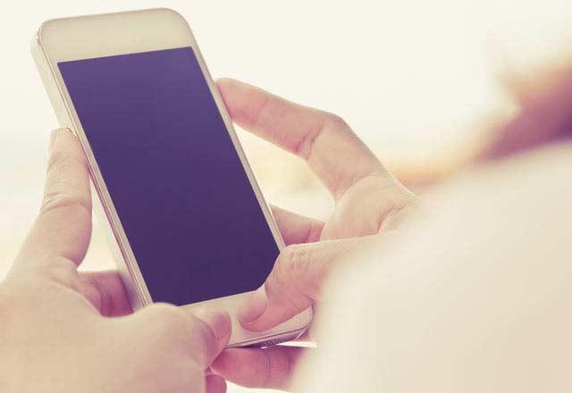 Cep Telefonu Kullanırken Bunlara Dikkat Edin!