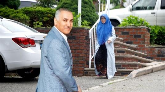 Adil Öksüz'ün Eşi ABD'de Görüntülendi! İşte Lüks Yaşamı..