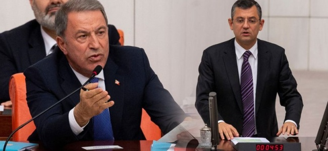 Savunma Bakanı Akar, Özgür Özel Hakkında Suç Duyurusunda Bulundu