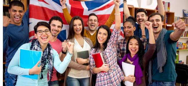Lisansüstü Tıp veya Diş Hekimliği Öğrencileri İçin İngiltere Eğitim Programları