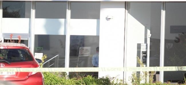 Antalya'da Banka eylemcisi ailesini duyunca ikna oldu