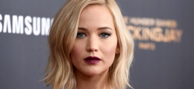 Jennifer Lawrence'dan Trump'a isyan!