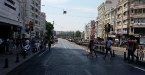 Ordu Caddesi'nde Pazar Günleri Trafik...
