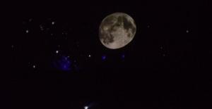 Planetaryum İle Çocuklar Gökyüzünü Keşfetti