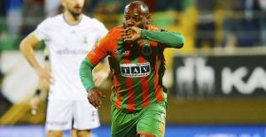 Beşiktaş Vagner Love Transferinde Fiyat Yükseltti
