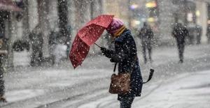 İstanbul İçin Beklenen Kar Yarın Yağacak