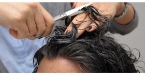 Protez Saç Uygulaması Nedir?