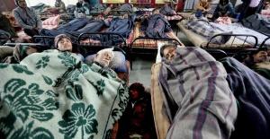 Soğuk Hava Dalgası Hindistan'ı Etkisi Altına Aldı: 187 Ölü
