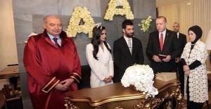 Cumhurbaşkanı Erdoğan Arda Turan'dan Ne İstedi?