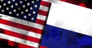 Rusya'dan ABD Yorumu: Kendi Ayağına Sıkmasını İzliyoruz!