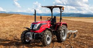 Tarımsal Üretim ve Bahçe Görevleri için Eksiksiz Olarak Donatılan Ekstra Dayanıklı Solis Traktör